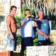 La très très très belle Elisabetta Canalis, en vacances à Mexico, dans une superbe villa partagée avec son chéri George Clooney et le couple Cindy Crawford/Rande Gerber, fin novembre 2009.