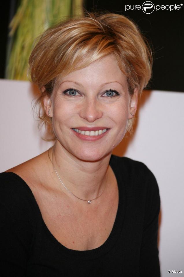 Rebecca Hampton de la série Plus Belle La Vie