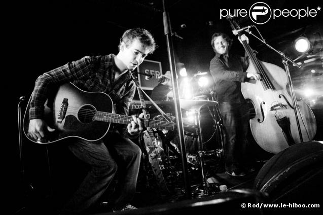 Renan Luce en concert au studio SFR, le 9 décembre 2009
