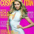La très belle Sarah Mutch en couverture de Cosmopolitan.