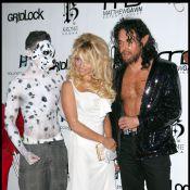 Pamela Anderson : Son réveillon a été marqué par un... incident de décolleté !