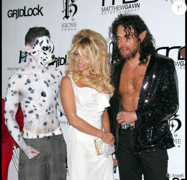 Pamela Anderson lors de la soirée Gridlock au Paramount Studio à Hollywood le 31 décembre 2009