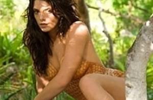 La ma-gni-fique Ashley Greene totalement nue étendue sur une plage... un avant-goût du paradis !
