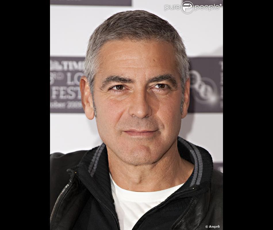 Bien-aimé George Clooney, où comment rendre glamour le poivre et sel ! IC52
