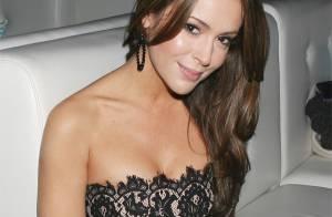 Alyssa Milano plus sexy que jamais en dame nature...