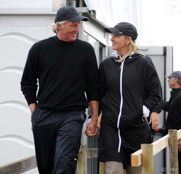 Greg Norman et Chris Evert sont divorcés. Ici, peu de temps après leur mariage le 17 juillet 2008 !