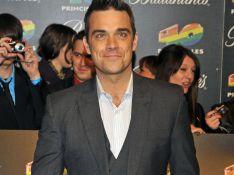 Robbie Williams va rouler des mécaniques aux Nrj Music Awards...