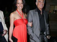 """Jean-Paul Belmondo : le """"Magnifique"""", accompagné de sa chérie... honoré à Los Angeles !"""