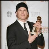 """Michael C. Hall : Diminué par son cancer... il est venu chercher son Golden Globe pour """"Dexter"""" !"""
