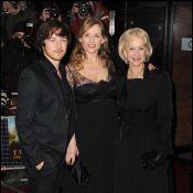 La compagne de James McAvoy dévoile son ventre rond, aux côtés de la belle Helen Mirren !