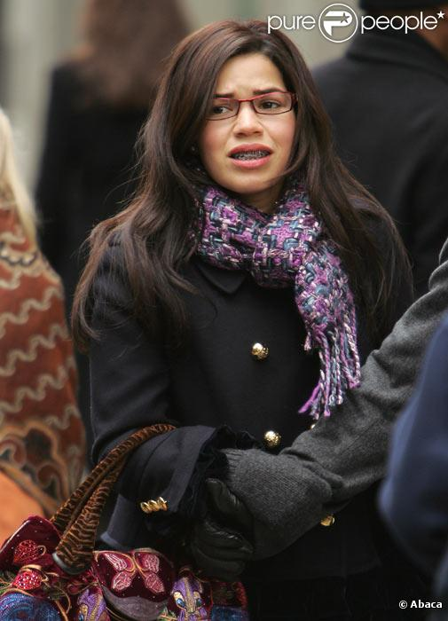 America Ferrera sur le tournage d'Ugly Betty