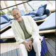 Pierre Vaneck est décédé le 31 janvier 2010, à l'âge de 78 ans. Il laisse à la postérité une carrière atypique et des compositions fortes...