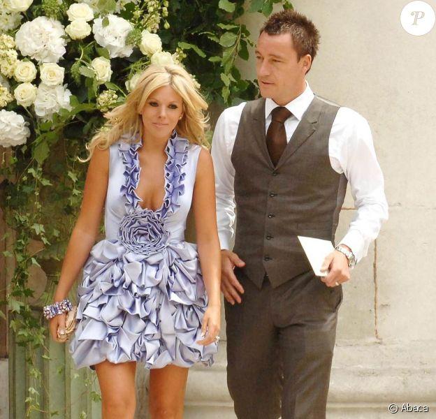 John Terry, en photo avec sa femme Toni, pris dans un scandale d'adultère terrible...