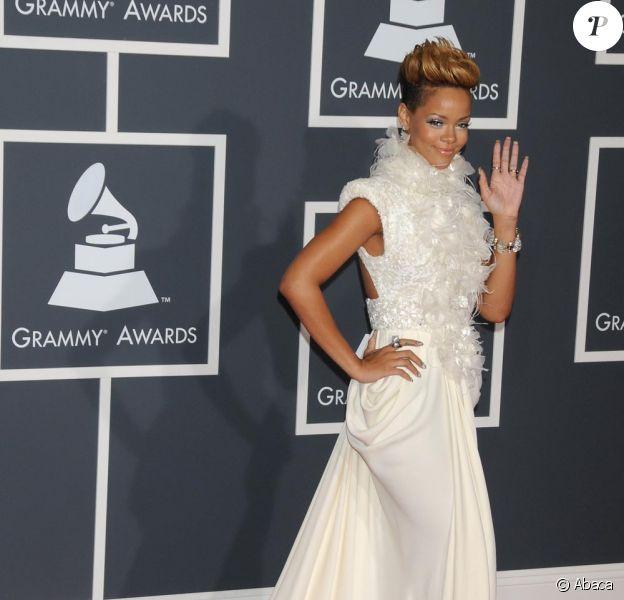 Rihanna aux Grammy's le 31 janvier dans une robe Elie Saab