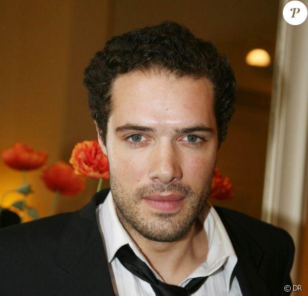 Nicolas Bedos met en scène la pièce Promenade de santé, dès le 9 février, à La Pépinière, à Paris.