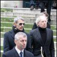 Lambert Wilson et Jean-Marie aux obsèques de George Wilson à l'Eglise Saint-Roch à Paris (8 février 2010)
