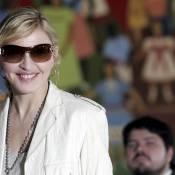 Madonna en visite au Brésil : Charme, élégance et rendez-vous amoureux au programme !