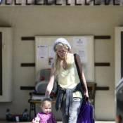 Tori Spelling : Sa fille Stella, va essayer... de la relooker !