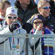 Le roi Harald V et la reine Sonja de Norvège ont assisté au 15 km (mass start) en biathlon. Le Français Martin Fourcade a été médaillé d'argent.