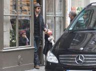 Pendant qu'Angelina travaille dur, Brad Pitt fait... papa poule à Paris avec Shiloh et Zahara !