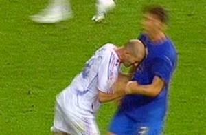 Coupe du Monde 2006 : Marco Materazzi reçoit des indemnités après ses insultes envers Zidane...