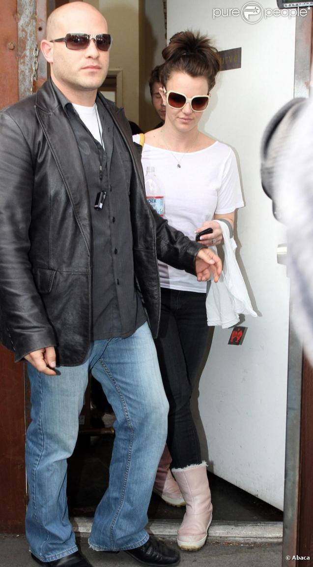 Britney Spears, à la sortie d'une salle de sport de West Hollywood, le vendredi 26 février.