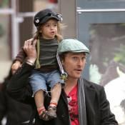 Matthew McConaughey : Son petit Levi est à croquer... la preuve en images ! (réactualisé)