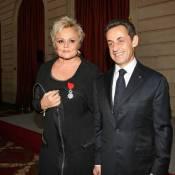 Nicolas Sarkozy décore Muriel Robin... et en profite pour régler ses comptes !