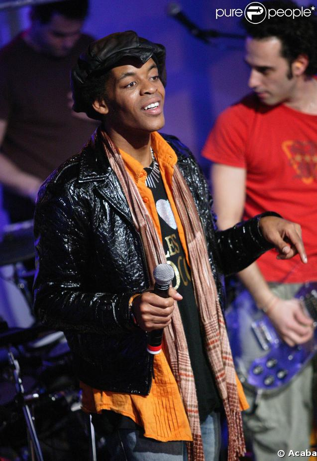 Bertrand Agot, demi-finaliste de la Star Academy 7.