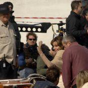 Quand Angelina Jolie rit avec Johnny Depp... elle n'oublie pas ses engagements les plus importants !