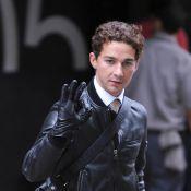 """Shia LaBeouf confie après son accident : """"Je ne pourrai plus jamais bouger mes doigts. Ils sont faux !"""""""