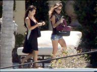 La sexy Jennifer Lopez, très lookée, retrouve sa copine Kim Kardashian pour préparer... une surprise à Eva Longoria !