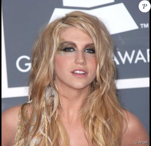 La chanteuse Ke$ha, qui taclait récemment Britney Spears et Justin Bieber, vient de présenter ses excuses.