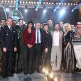 Michel Drucker, entouré de toutes les personnalités qui fêteront les 75 ans de l'armée de l'air