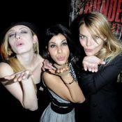 Les belles Elodie Frégé, Reem Kherici et Justine Fraioli vous envoient de tendres baisers !