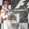 Le Grand Prix de F1 d'Australie 2010 a été remporté par Jenson Button. Résumé.