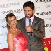 Jennifer Aniston rayonnante à Paris... en raison des mains très baladeuses de Gerard Butler ?