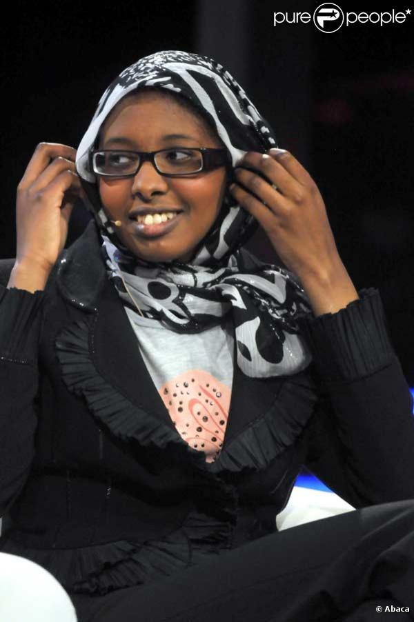 Fadima Abdi Odman sur le plateau de l'émission  Chiambretti Night à Rome