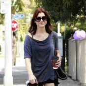 Quand Kate Walsh se rend à une réunion des Alcooliques Anonymes, elle oublie parfois son pantalon !