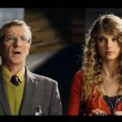 Regardez la craquante Taylor Swift recevoir une étonnante déclaration d'amour !