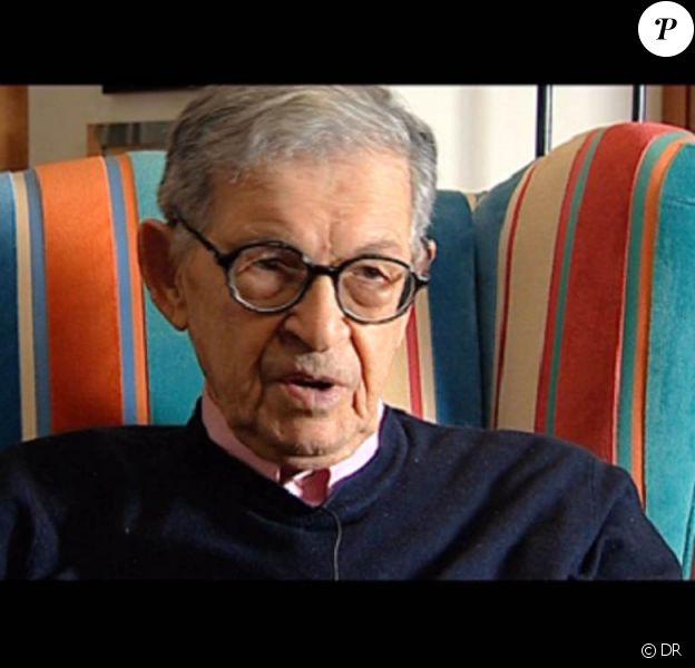Le scénariste italien Furio Scarpelli est mort à l'âge de 90 ans, le 28 avril 2010.