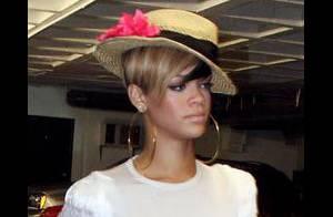 Rihanna : Encore une chute ! Pourquoi ne tient-elle pas sur ses jambes ?