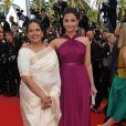 Aishwarya Rai et et sa maman sur le tapis rouge du 63e festival de Cannes. 14/05/2010