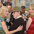 Naomi Watts, Lucy Punch, Woody Allen lors du photocall à Cannes pour You Will Meet A Dark Stranger, le 15 mai 2010