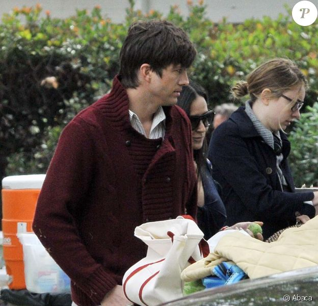 Demi Moore rend visite à Ashton Kutcher sur le tournage de Friends with benefits, à Los Angeles, le 14 mai 2010