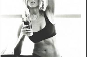 Jennifer Aniston ne recule devant rien pour dévoiler son corps parfait !