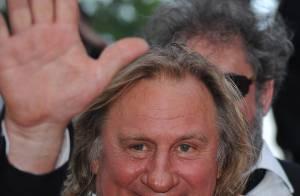 Cannes 2010 - Gérard Depardieu affiche son bonheur... non loin de la belle et amoureuse Marina Foïs !