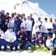 A Tignes, l'ambiance est au beau fixe pour le groupe France et Raymond Domenech, qui ont notamment fait l'ascension d'un glacier et une initation au biathlon...