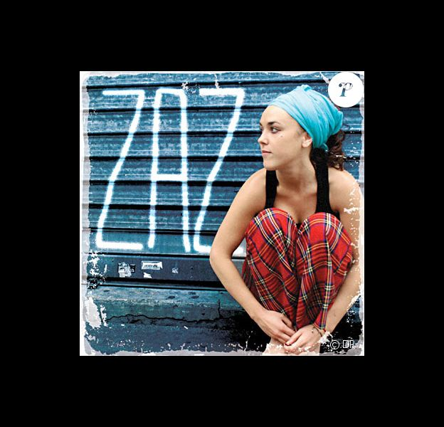 La chanteuse Zaz rencontre un succès phénoménal : son album est 7e des ventes en France.