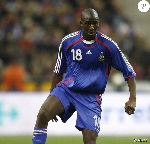 L'international Alou Diarra a quitté ses partenaires de l'équipe de France pour assister à la naissance de son second fils le 28 mai 2010